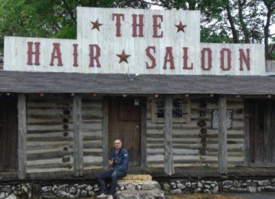 Storia-saloon